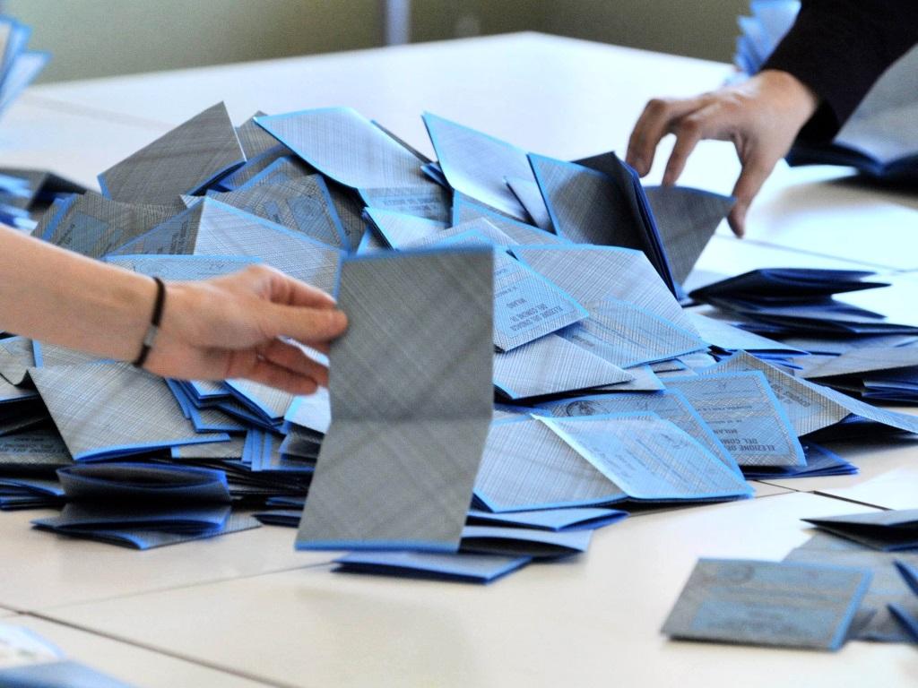 elezioni-voto-spoglio